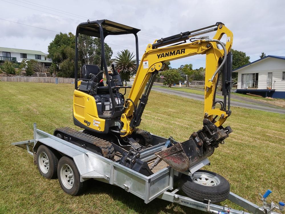 ENCLOSED Heavy Duty Tandem Digger Trailer 2500kg GVM Braked image 8