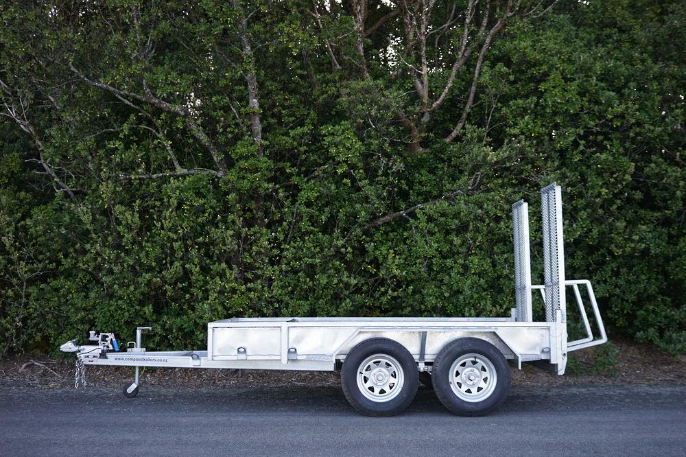 ENCLOSED Heavy Duty Tandem Digger Trailer 2500kg GVM Braked image 1