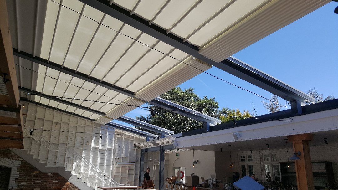 Retractable Roof System image 1