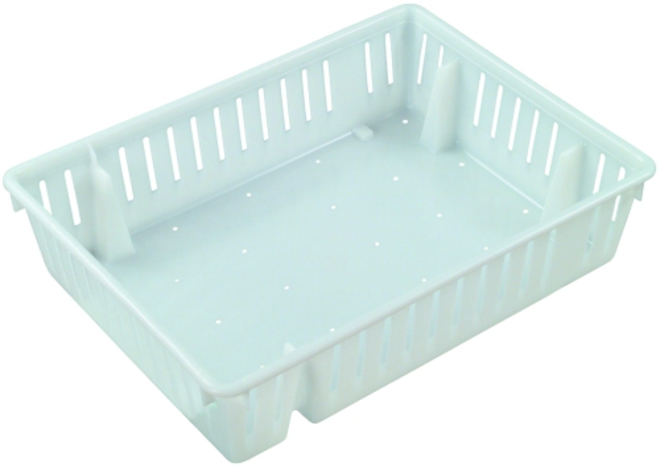 32 Litre Vented Nestable Chick Crate image 0