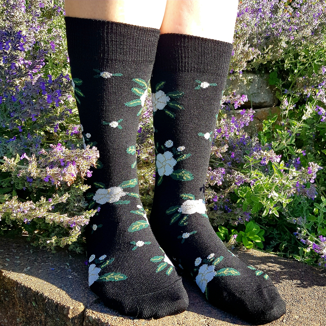 Cosy Merino Flower Socks - one size fits all. image 1