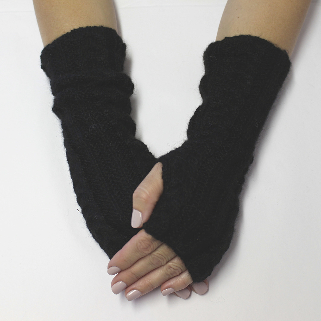 Merino Alpaca Blend Cable Arm and Hand Warmers image 0