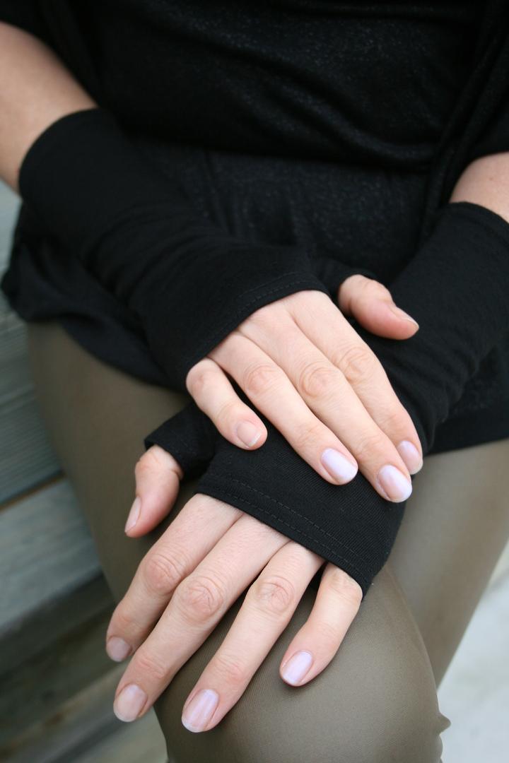 Merino Hand Warmers image 2