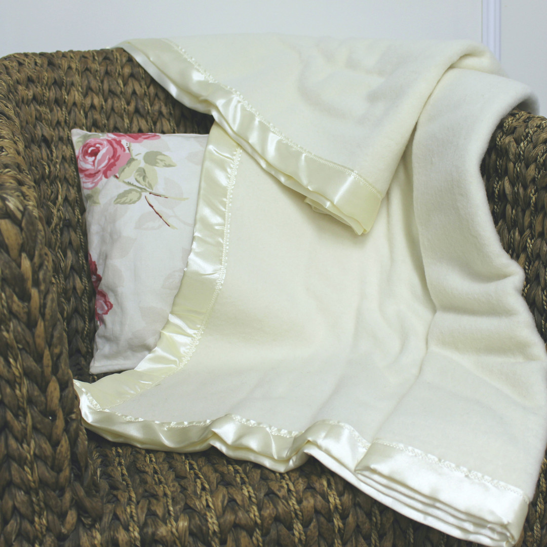 Traditional Wool Blanket - Baby image 0