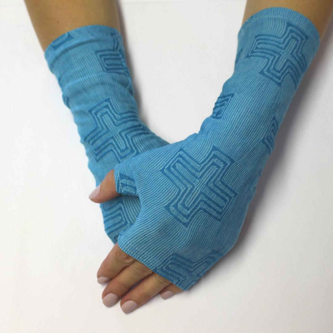 Merino Blend Hand Warmers - Blue Cross image 0