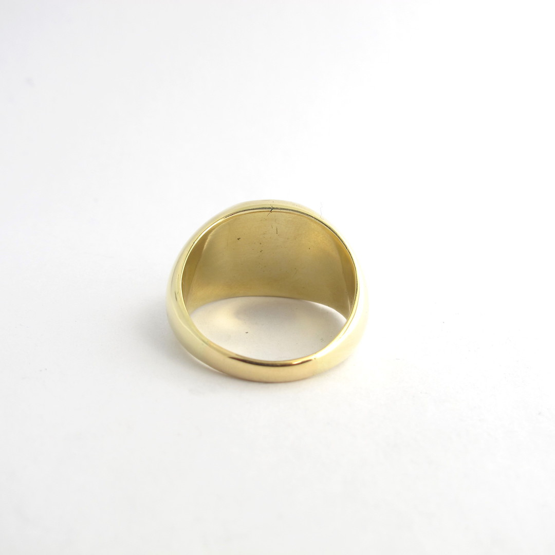 14ct yellow gold signet ring set with a spanish coin '1821' image 1