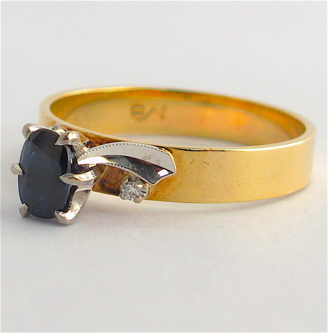 9ct yellow & white gold sapphire and diamond vintage ring image 1