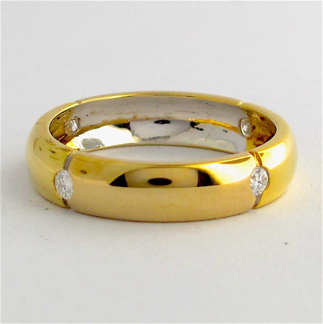 18ct bi-tonal gold diamond band image 0
