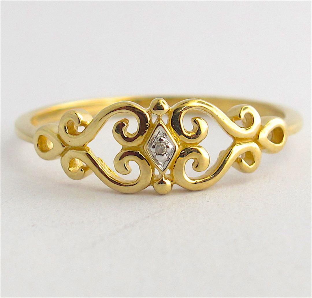 9ct yellow gold heart motif diamond set dress ring image 0