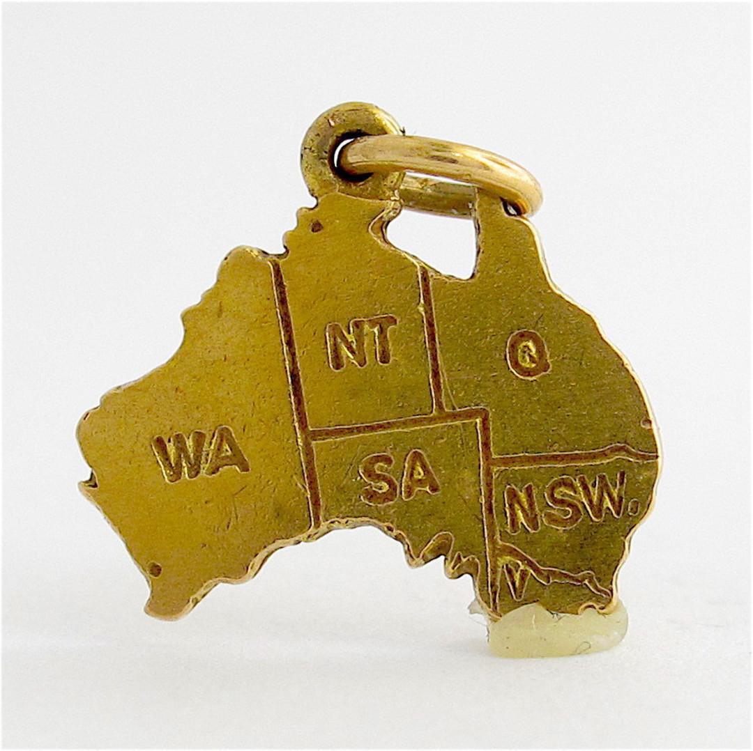 9ct yellow gold Map of Australia charm image 0