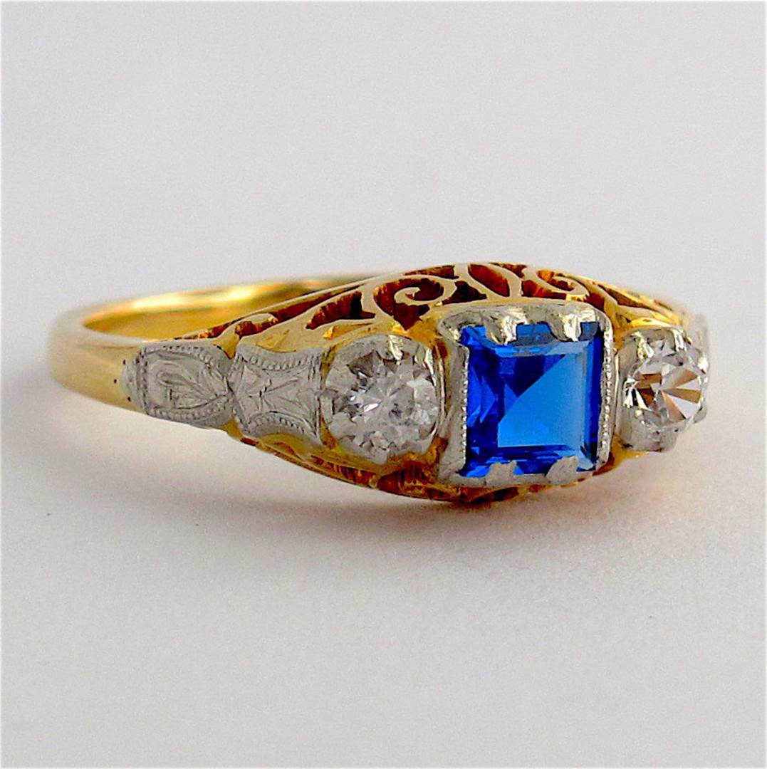 18ct yellow gold & platinum zircon and synthetic sapphire ring image 0