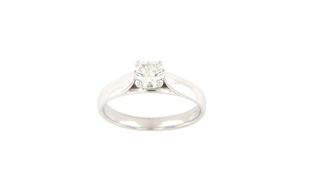 18ct white gold and diamond solitaire ring image 0