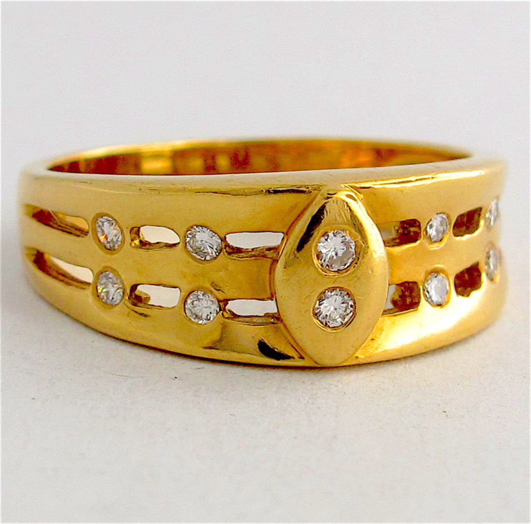 Unisex 18ct yellow gold diamond set dress ring image 0