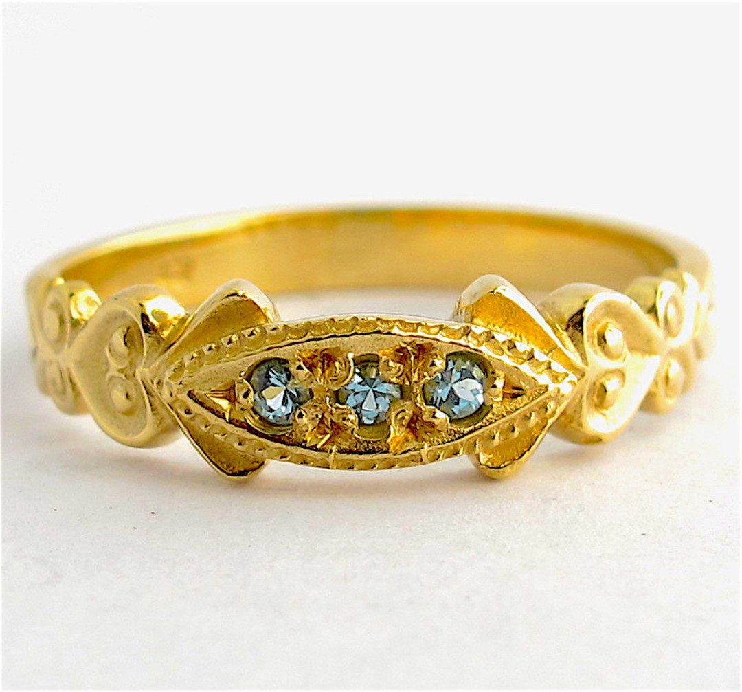 9ct yellow gold aquamarine dress ring image 0