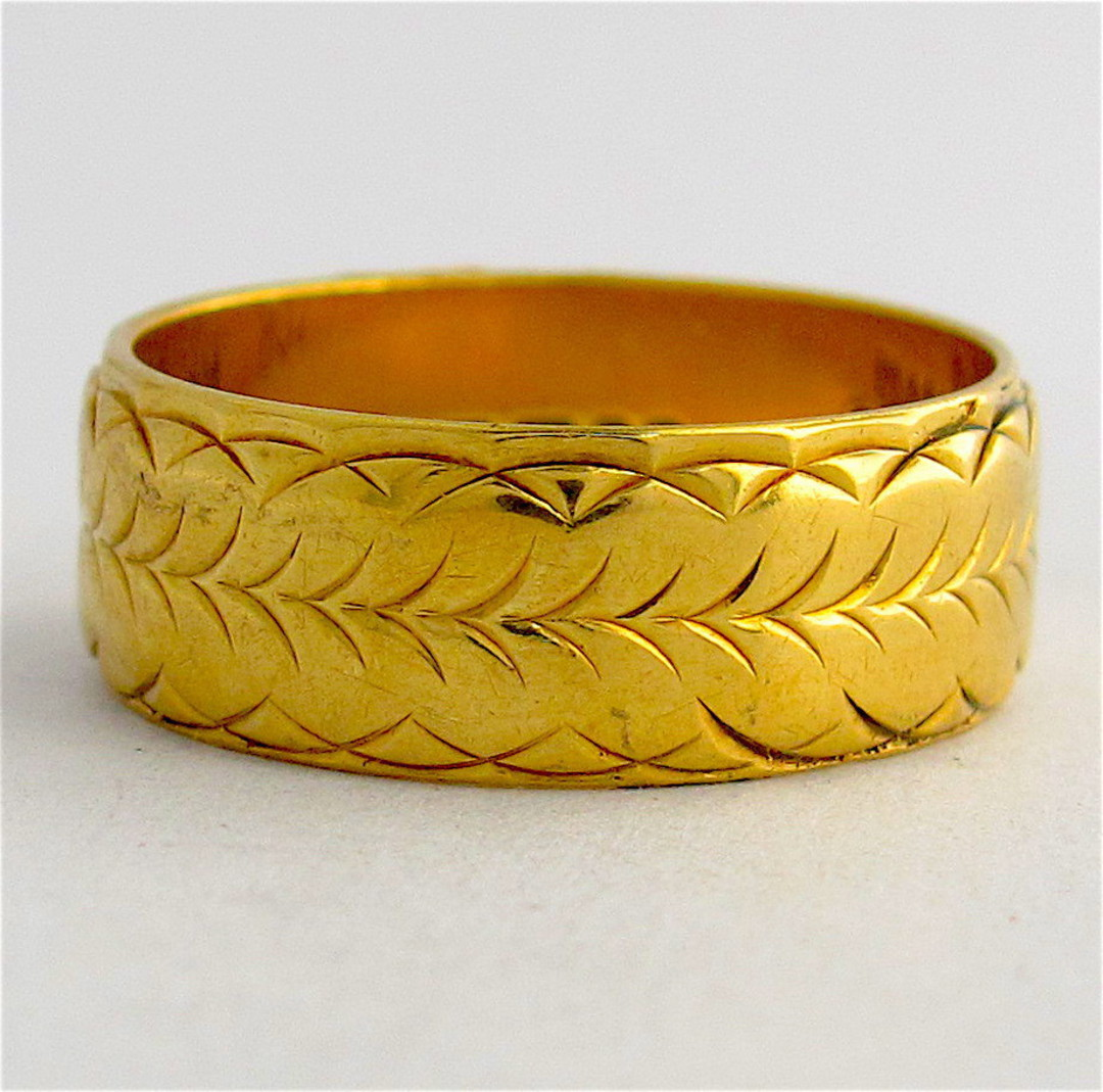 18ct yellow gold wide engraved band image 0