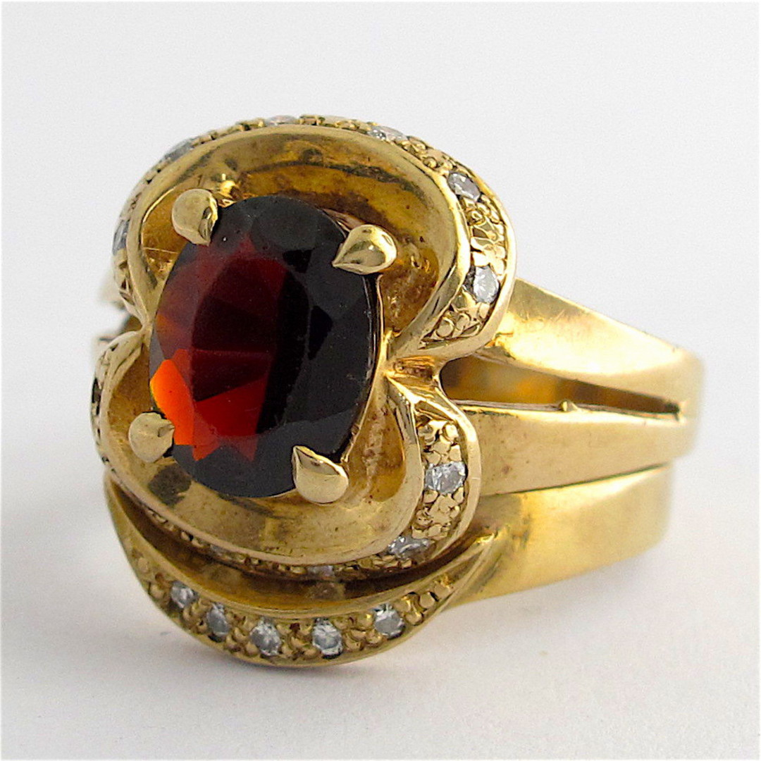9ct yellow gold garnet and diamond 2 ring set image 0