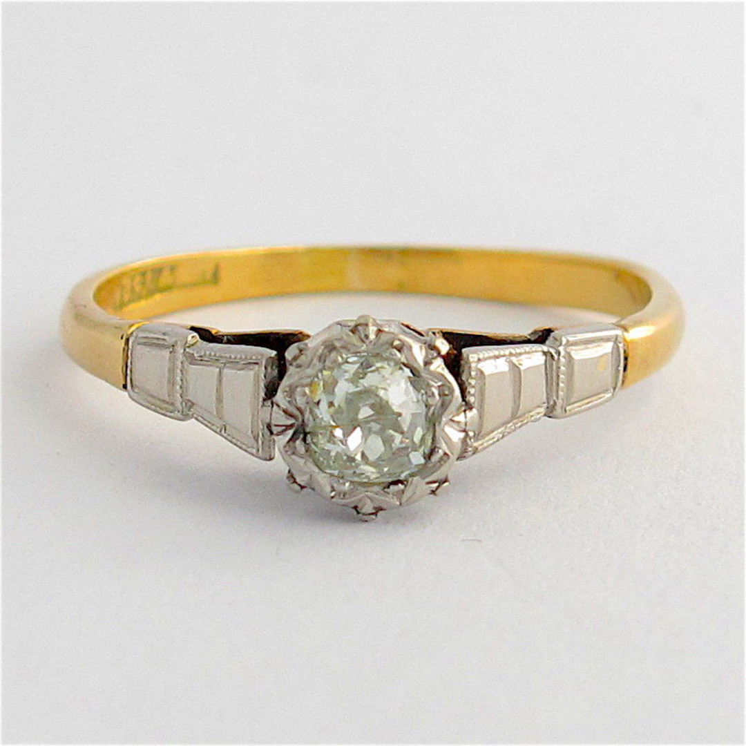 18ct yellow gold and platinum vintage diamond solitaire ring image 0