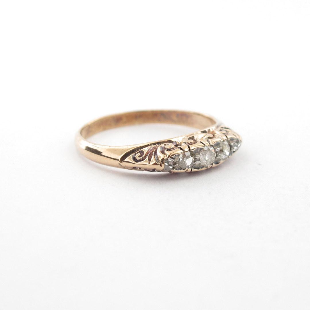 18ct yellow gold antique diamond set ring image 0