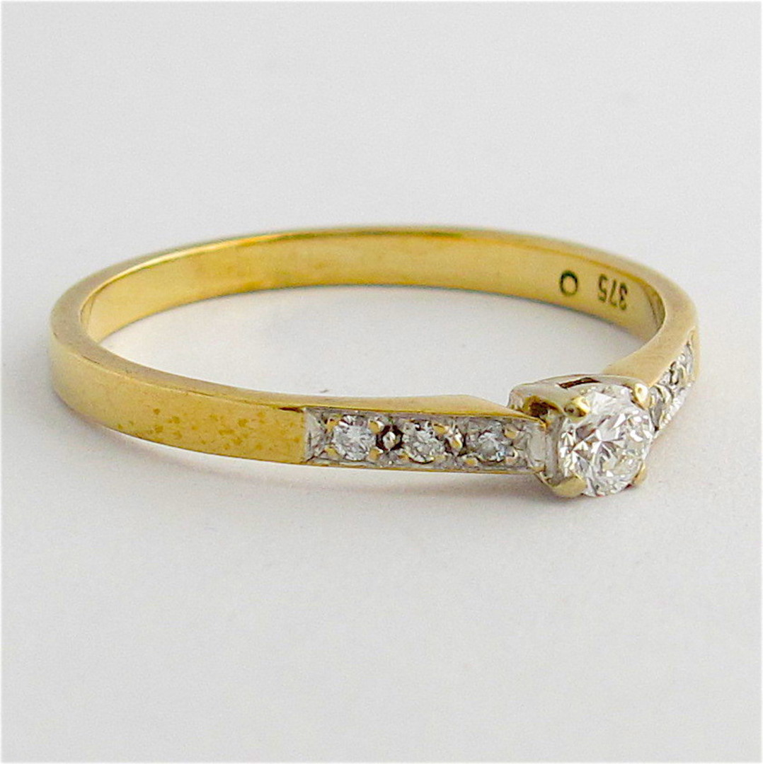 18ct yellow gold & platinum diamond solitaire ring image 1