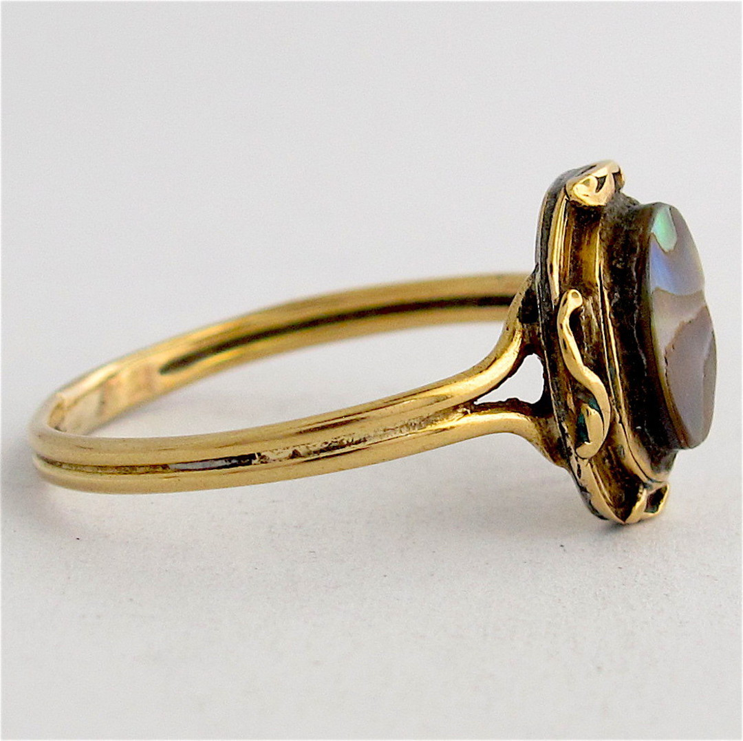 18ct yellow gold paua dress ring image 1
