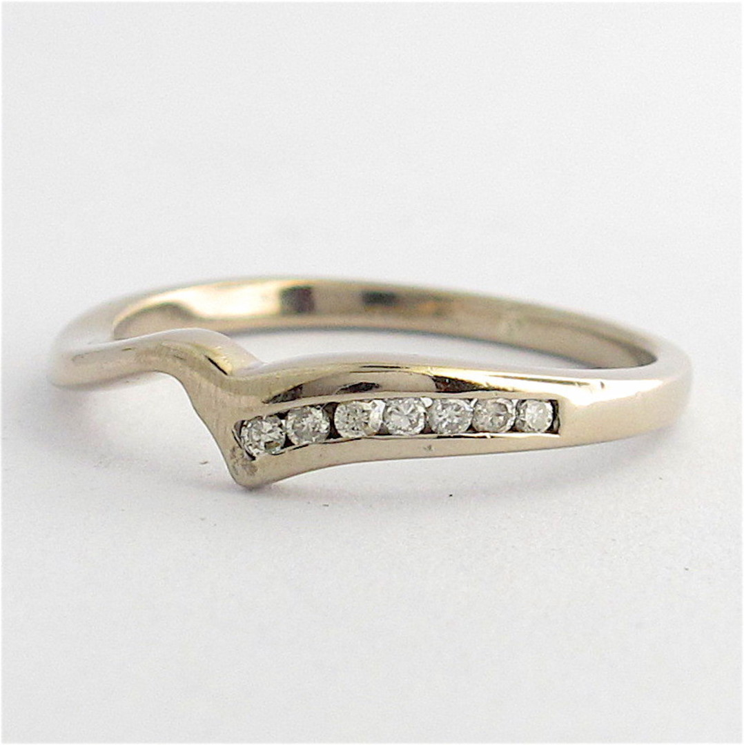 18ct white gold curved diamond band image 0