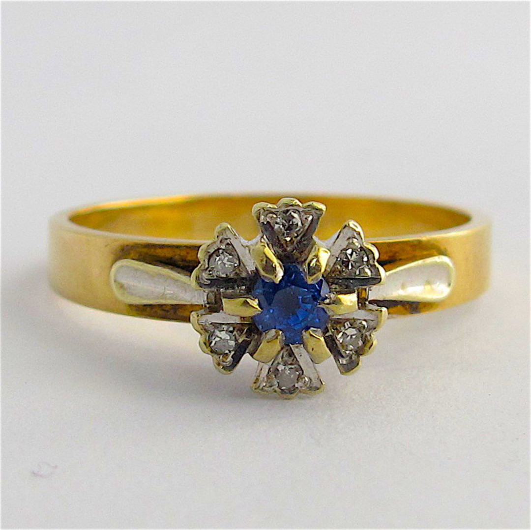 9ct yellow & white gold sapphire and diamond ring image 0
