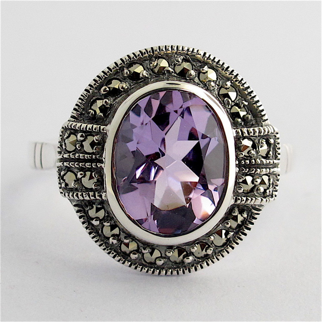 Sterling silver oval amethyst and marcasite ring image 0