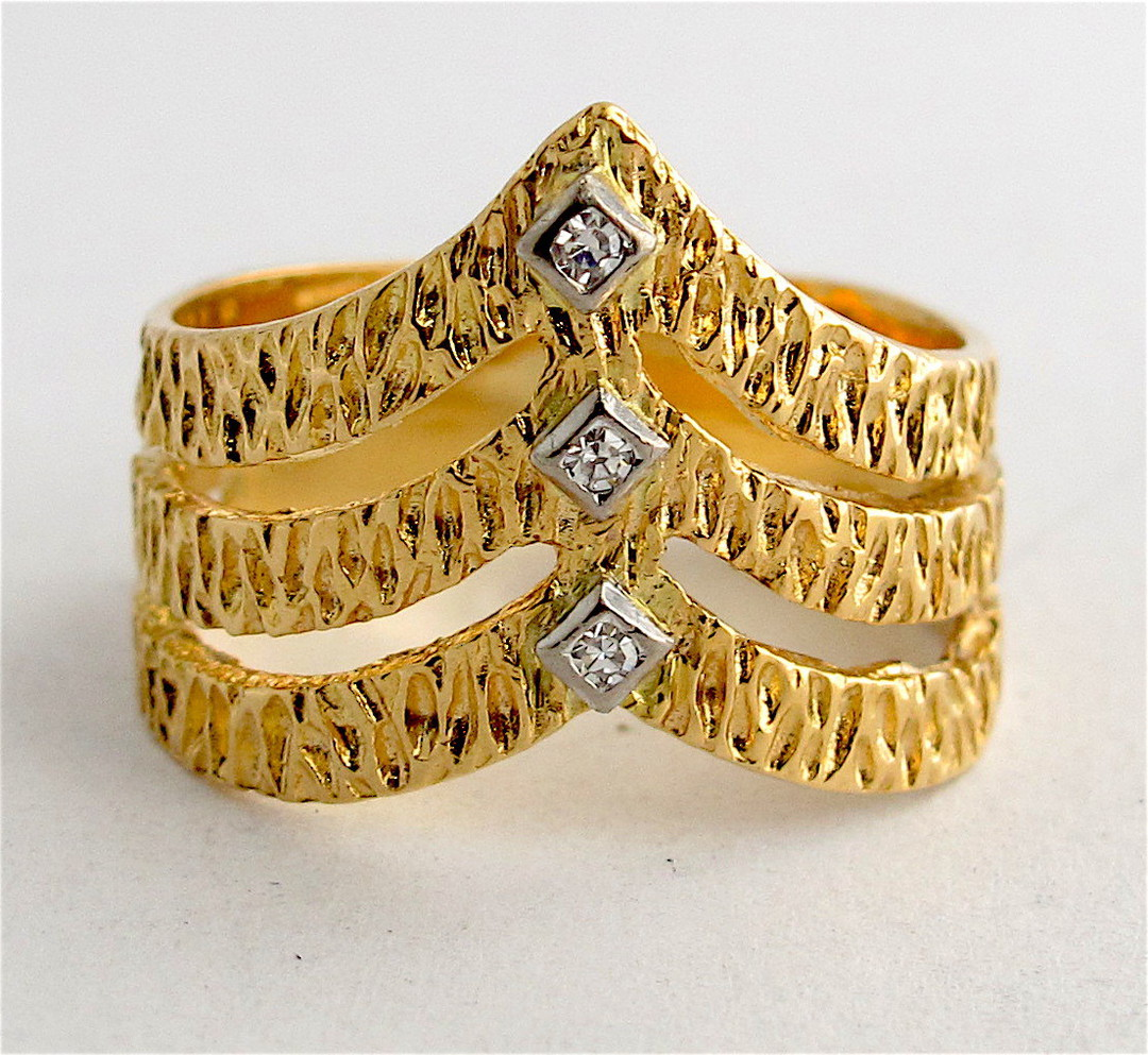 18ct yellow gold fancy diamond set dress ring image 0