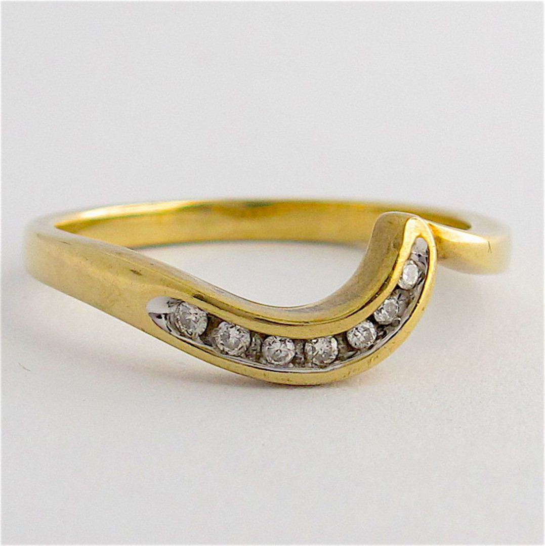 9ct yellow gold set of diamond rings image 2