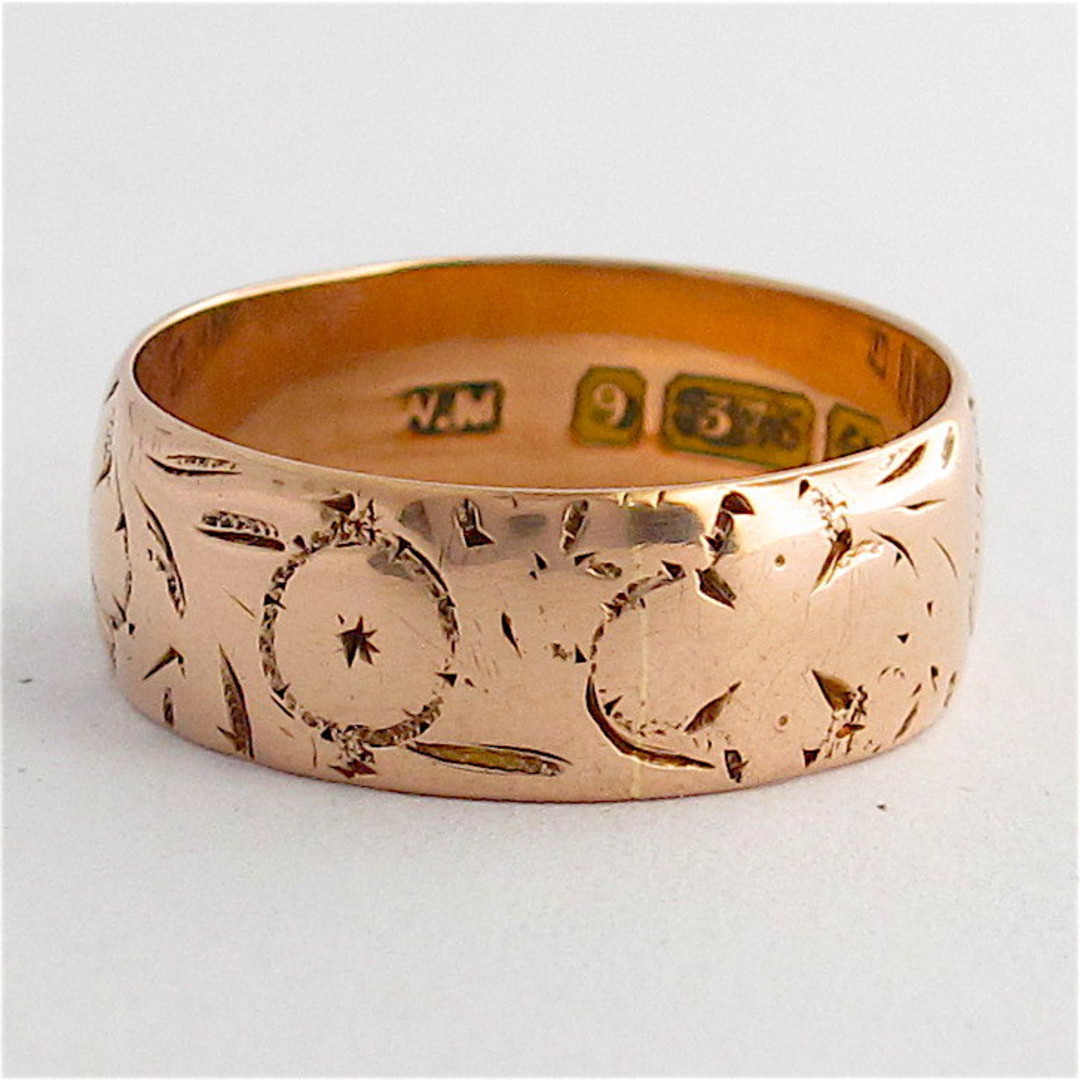 9ct rose gold British Hallmarked engraved band image 0