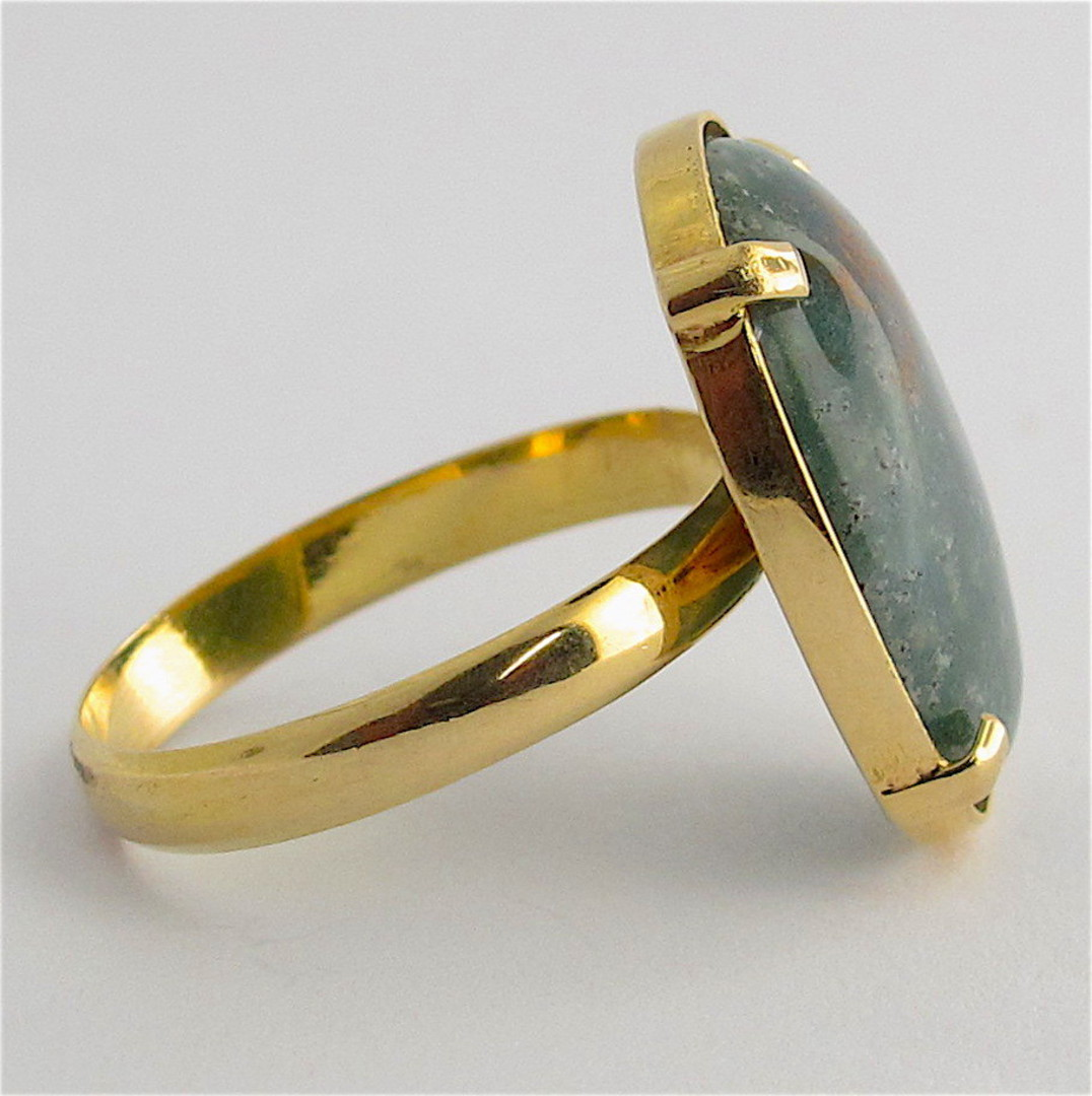 18ct yellow gold moss agate stone ring image 1