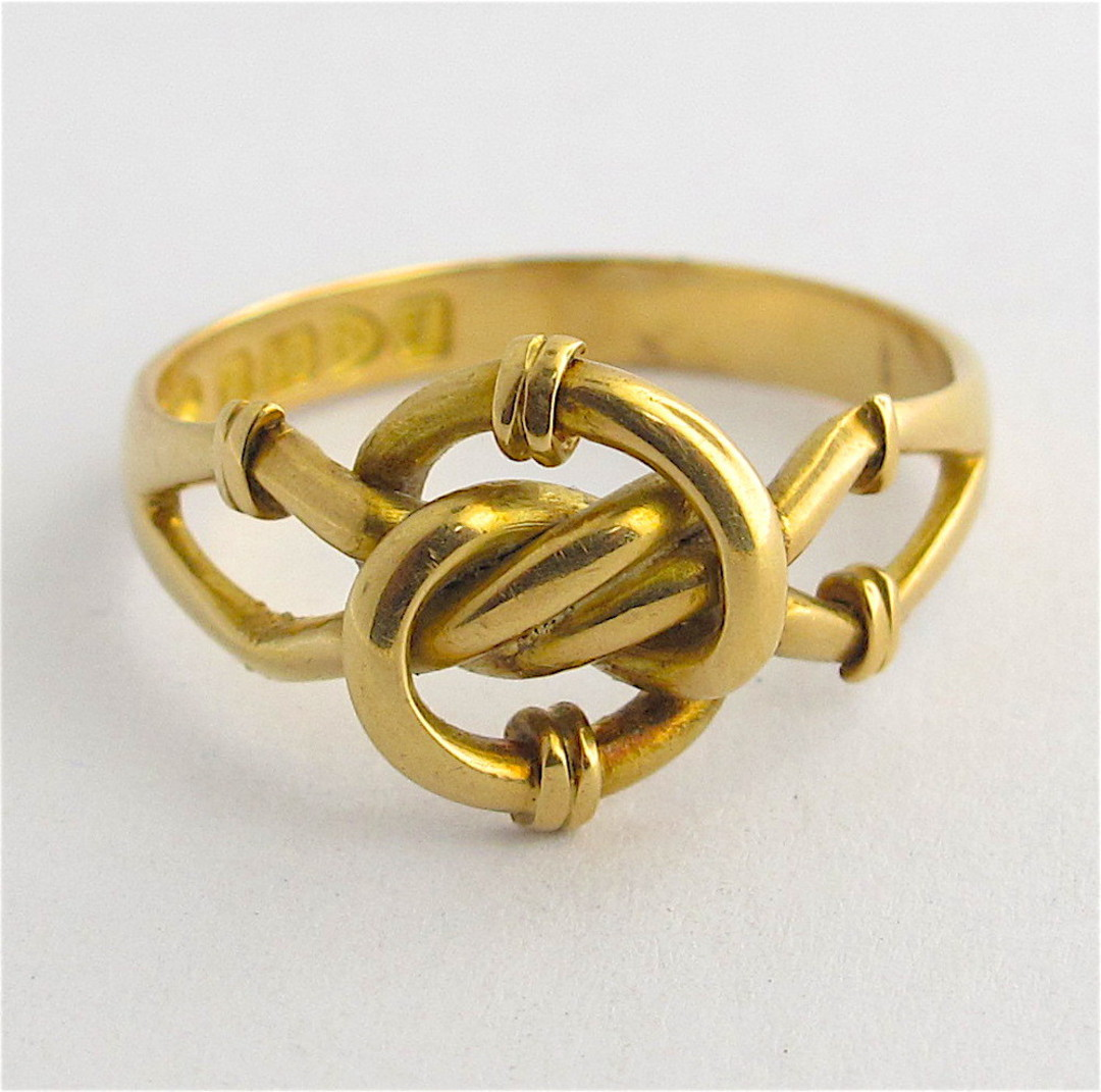 18ct yellow gold antique twist style ring image 0