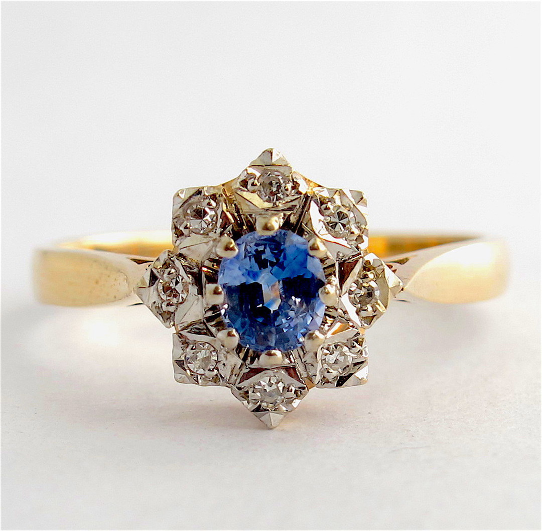 9ct yellow gold ceylon sapphire and diamond cluster ring image 0