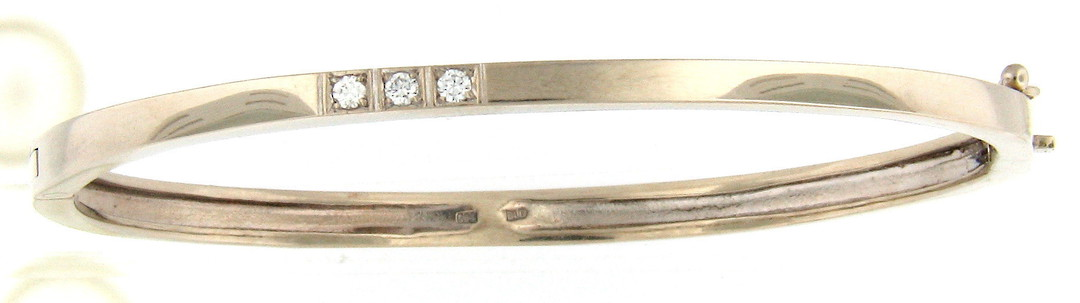 14ct yellow gold and diamond hinged bangle image 0