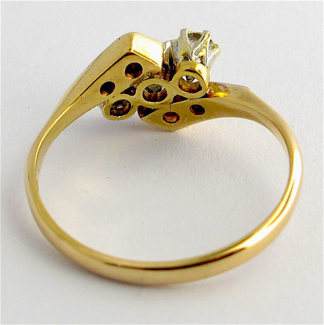18ct yellow and white gold vintage three diamond set ring image 3