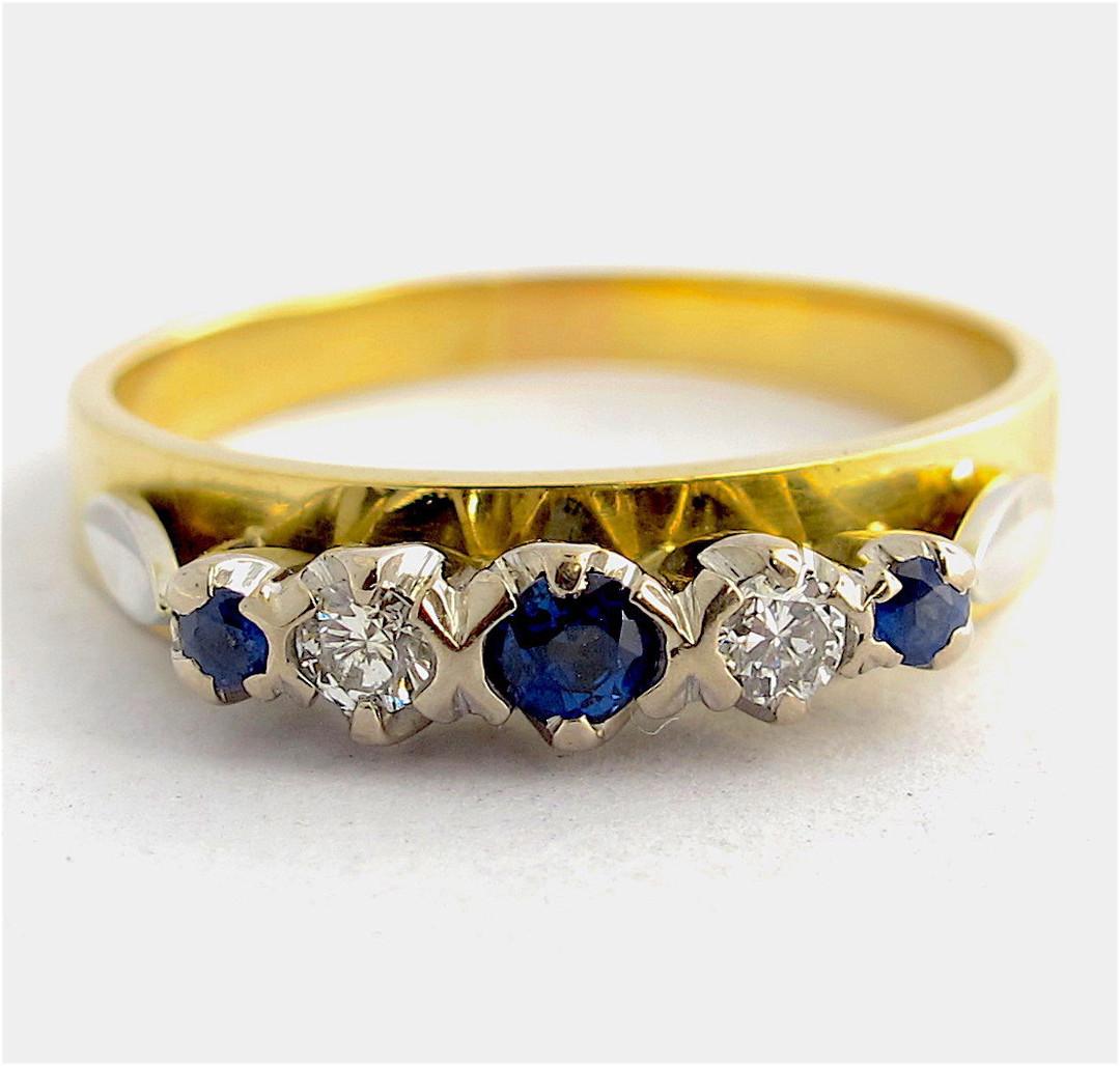 18ct yellow gold ceylon sapphire and diamond ring image 0