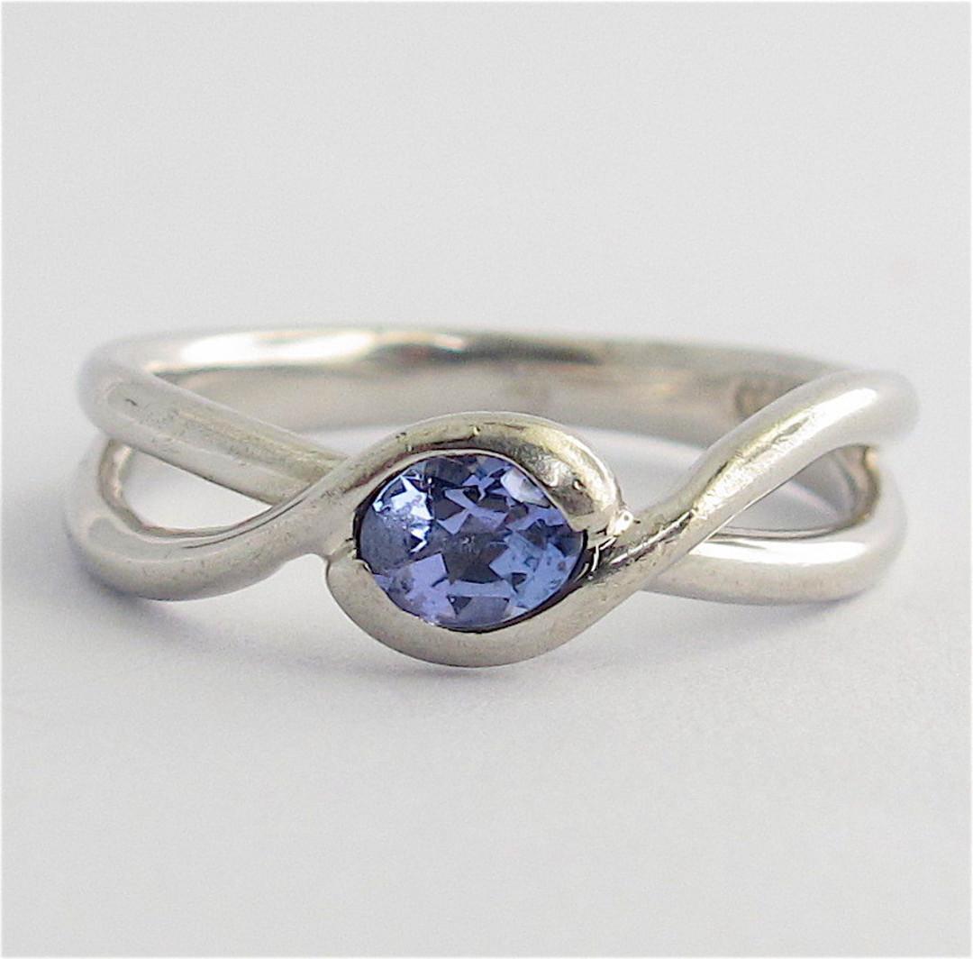 Platinum and tanzanite ring image 0
