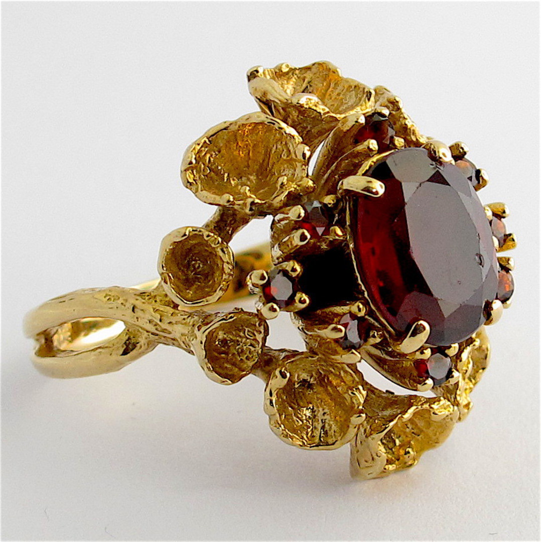 9ct yellow gold unique garnet cluster ring image 1