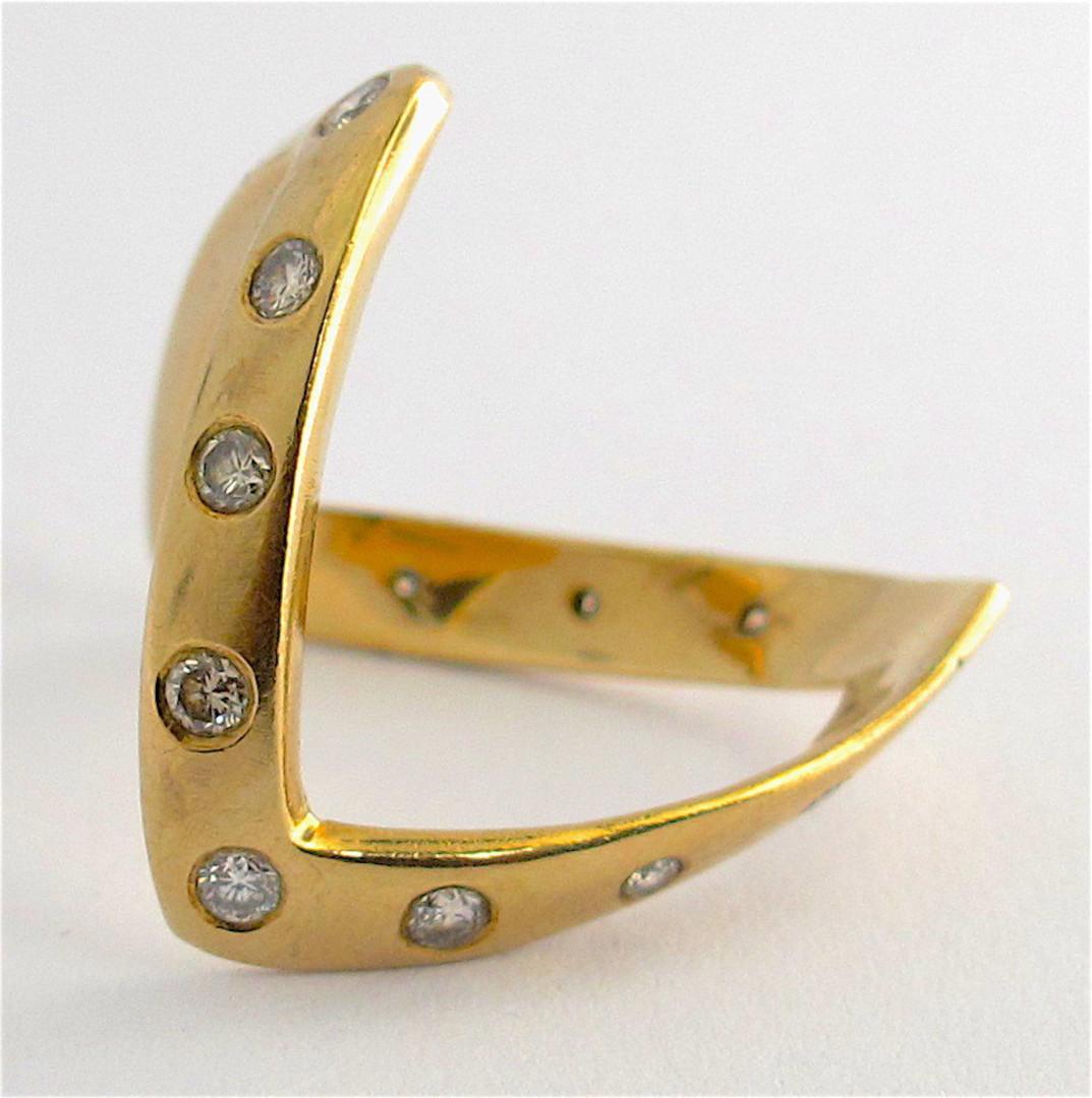 9ct yellow gold zig-zag diamond ring image 2