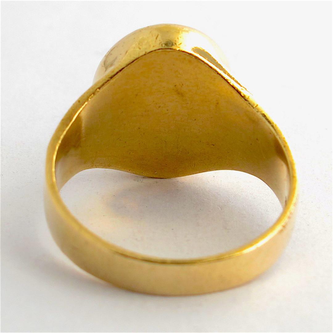 Men's 9ct yellow gold onyx/tigers eye dress ring image 1