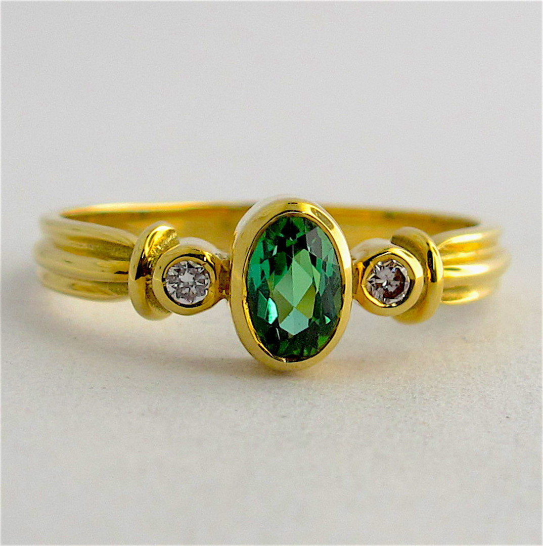 18ct yellow gold green tourmaline and diamond ring image 0