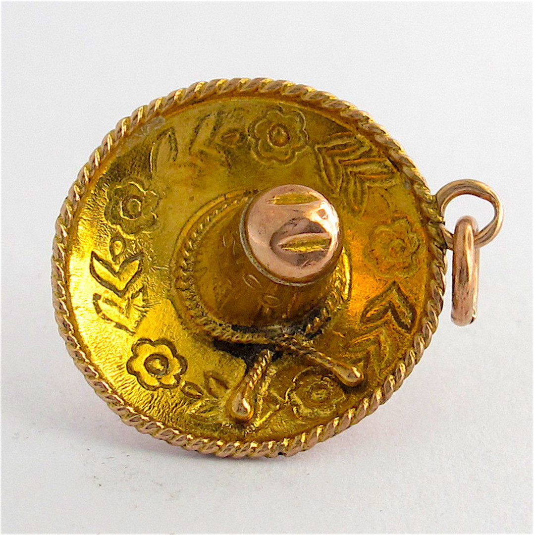 14ct yellow gold Mexican hat charm image 0