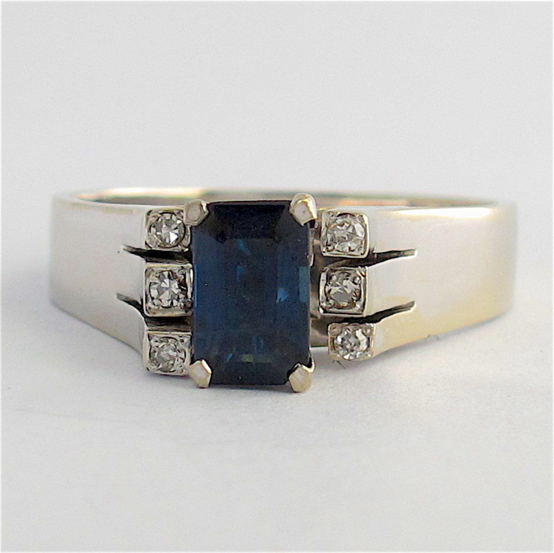 18ct white gold sapphire and diamond ring image 0