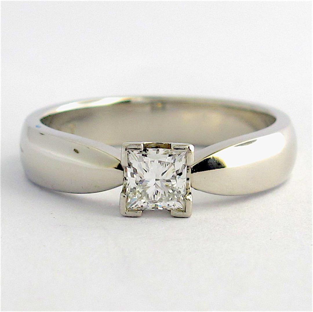 Platinum princess cut diamond solitaire ring image 0