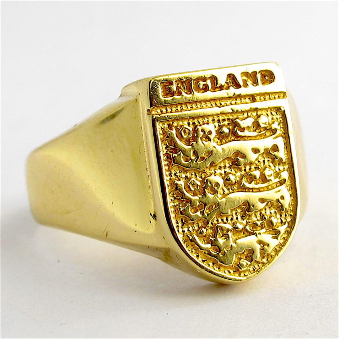Men's 9ct yellow gold British Hallmarked signet ring image 0