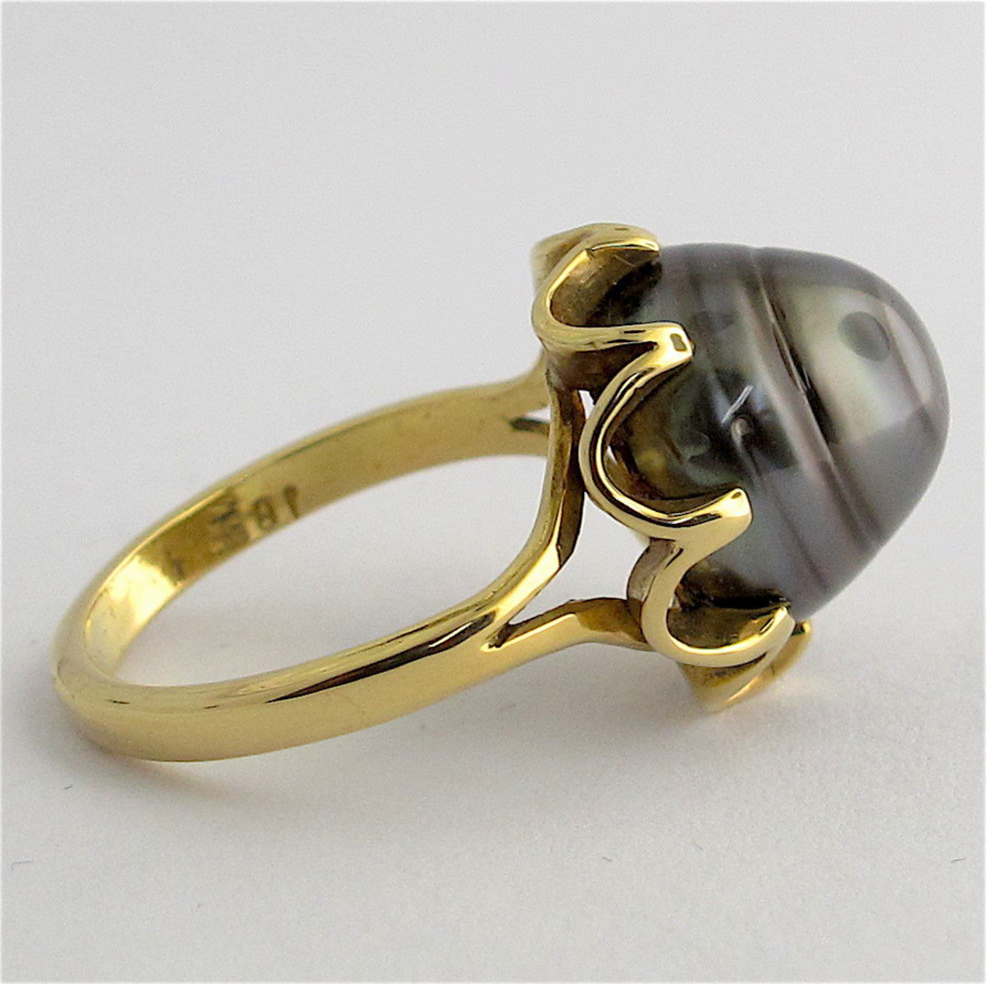 18ct yellow gold black pearl ring image 1