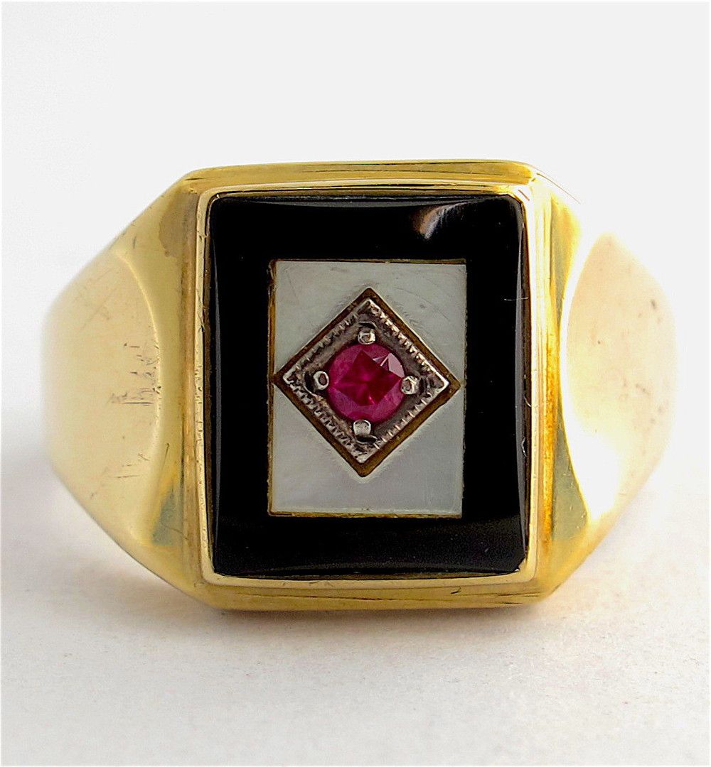 9ct yellow gold onyx, mother of pearl and synthetic ruby ring image 0