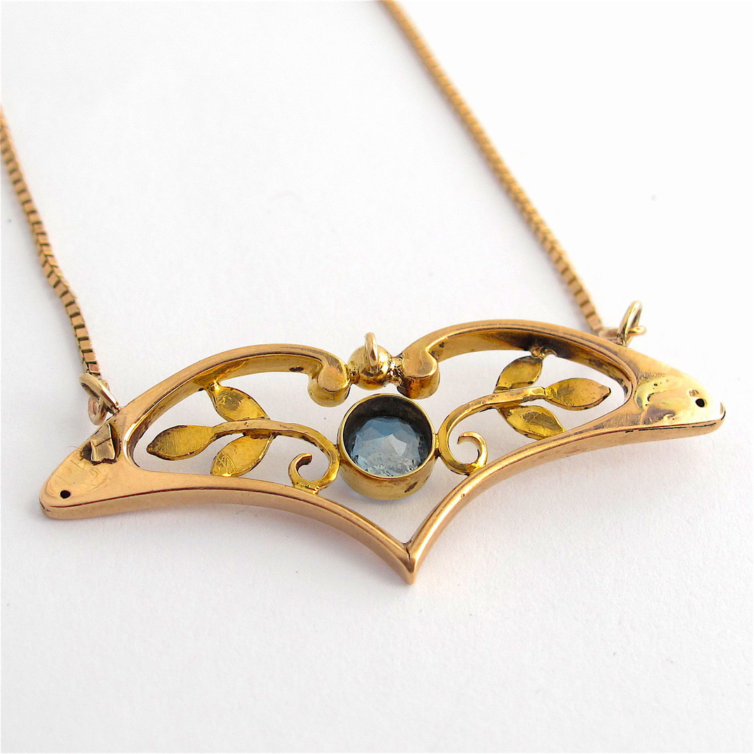 9ct yellow and rose gold antique aquamarine necklace image 1