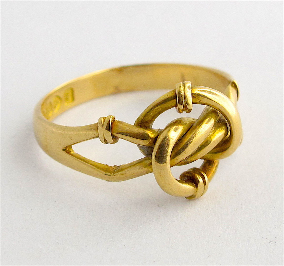 18ct yellow gold antique twist style ring image 1