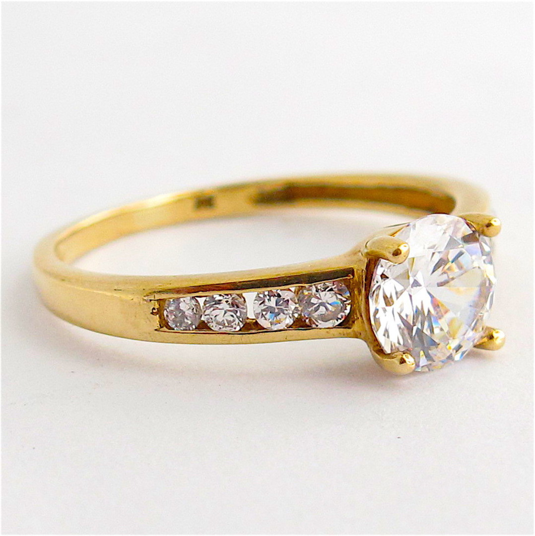 9ct yellow gold cubic zirconia dress ring image 1